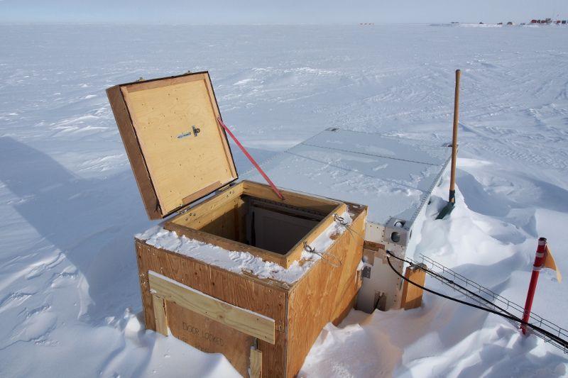 Станция Конкордия Антарктида IA/IZ3SUS КВ Радиорубка