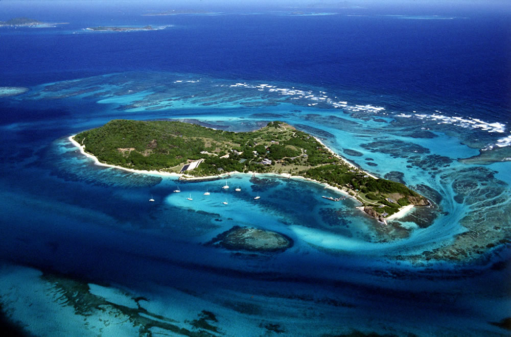 St Vincent and Grenadines Islands J8/N2IEN DX News